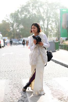 lady photographer stylish fashion