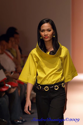 arnold galang philippine fashion week 2009 holiday designers models runway