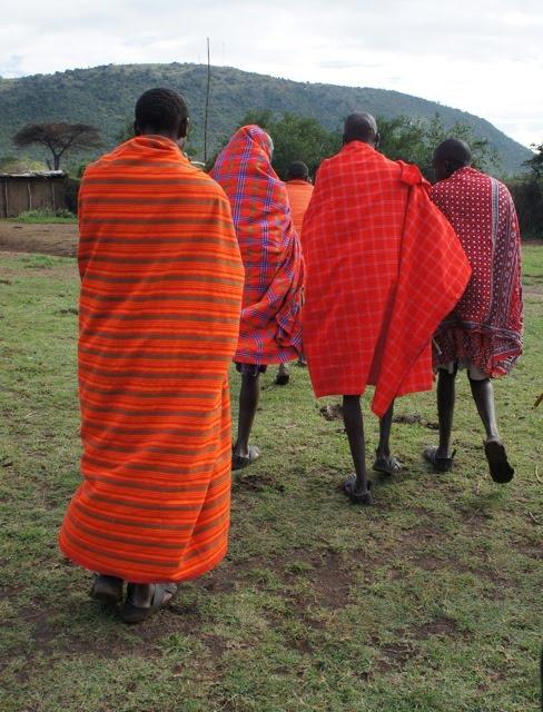 how to wear a maasai shuka