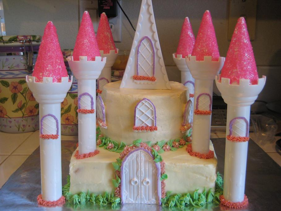 [castle+cake+1.jpg]