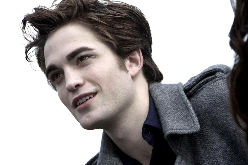 robert pattinson on twilight. *though Robert looks like