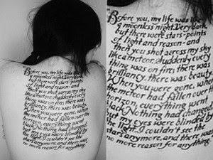 modo escrito letra latina gangst para tatuagem