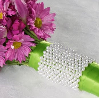 Pearl Bouquet Cuff
