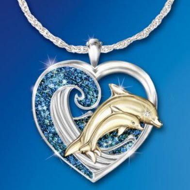 Mother Dolphin Eye Sparkles with Solitaire Diamond