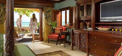 Ultra Luxury Beachfront Suites
