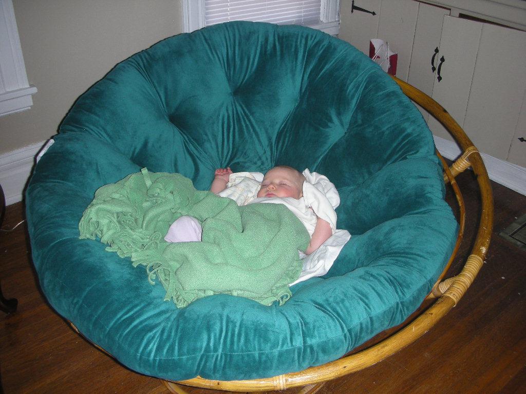 Papasan chair & It is a Wonderful Life: Papasan chair