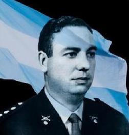 Entrevista a Arturo Larrabure