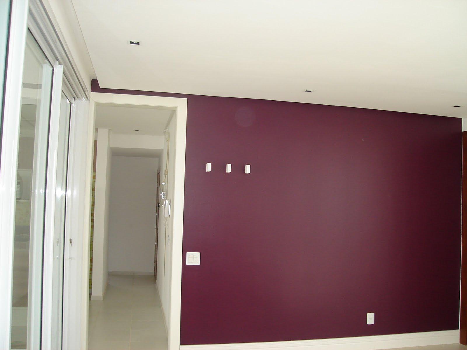 Casa da Vanessa e do Ronald: Parede Berinjela Finalizada #3F161E 1600x1200 Banheiro Com Parede De Grafiato