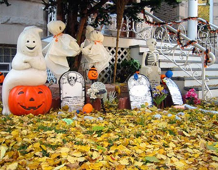 Apartment Living in the Sunshine State: Cheap Halloween - Cheap Halloween Decoration Ideas