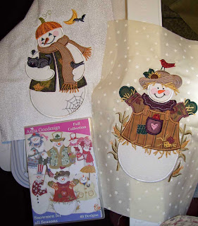 Snowmen for All Seasons is an Anita Goodesign embroidery design pack with cute applique snowmen.