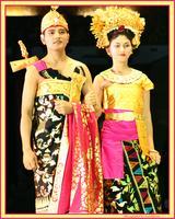 Pesona Pakaian Adat: Pakaian Adat Bali & Padang