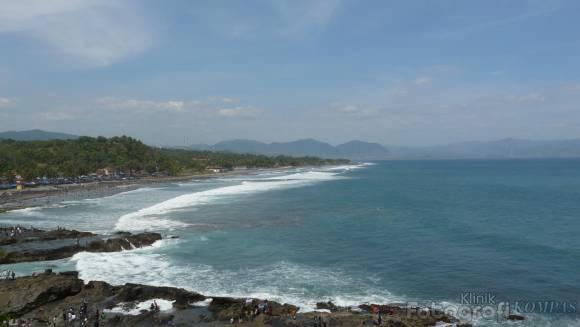 ... km from Pelabuhan