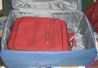 suitcase-origami (onemorehandbag)