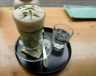 matcha latte (onemorehandbag)