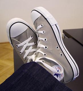 converse sneakers (onemorehandbag)