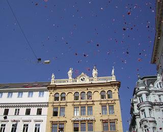 raining red roses (onemorehandbag)