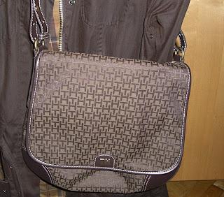 Tommy Hilfiger bag (onemorehandbag)