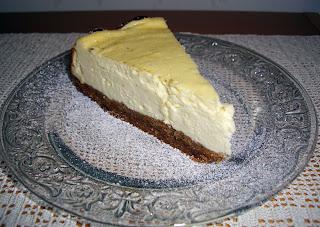 vanilla cheesecake (onemorehandbag)