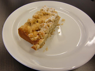 apple cake (onemorehandbag)