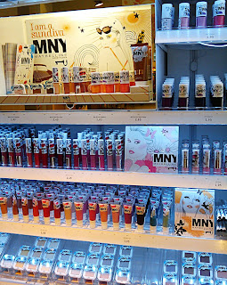 MNY display (onemorehandbag)
