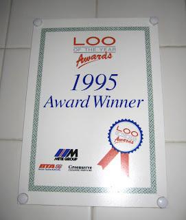 loo awards (onemorehandbag)