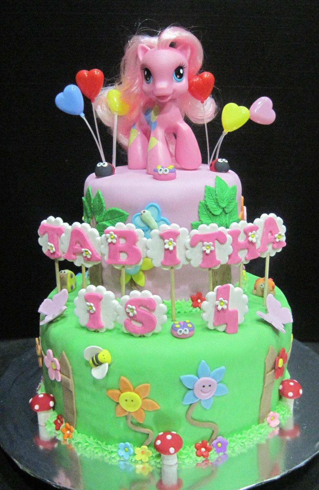 Cupcake Divinity: My Little Pony Cake