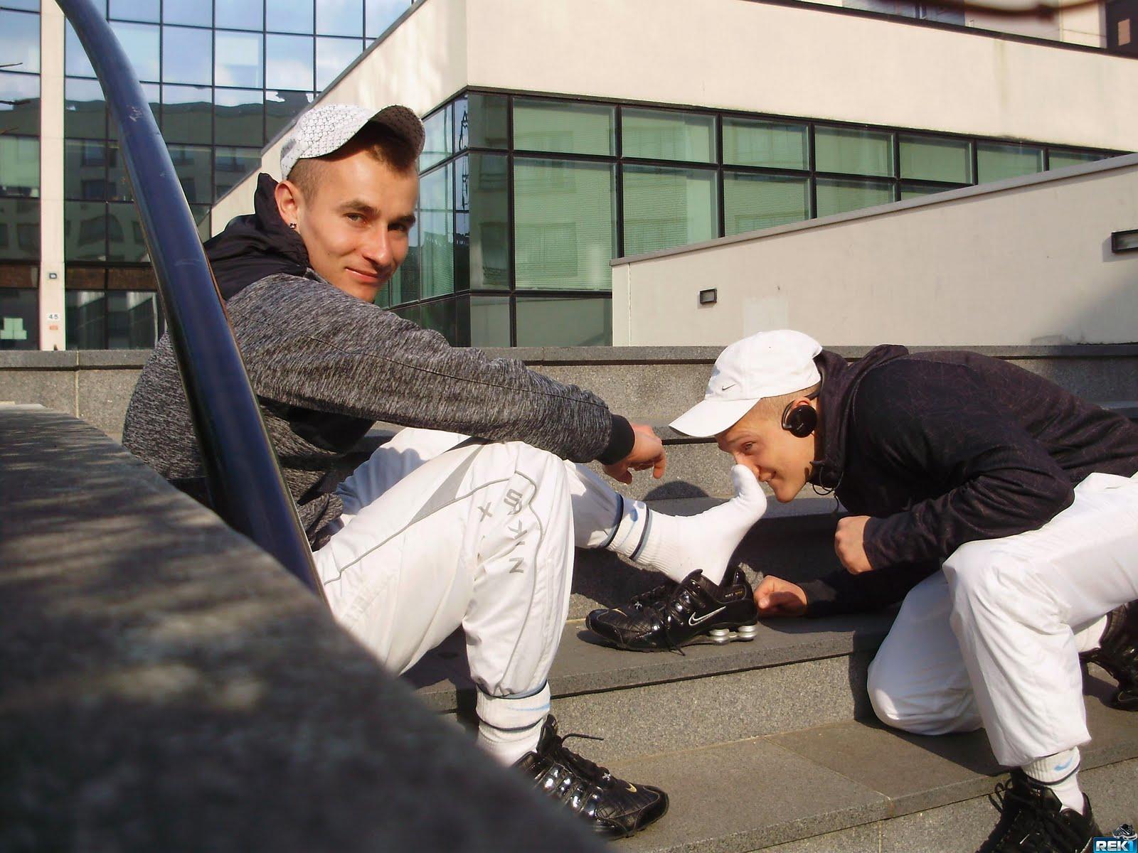 sport mecs pc160084 Dirty gay boys: Sock Washing