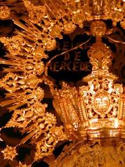 Coronada por España.