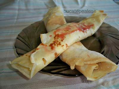 Articole culinare : Clatite cu Dulceata