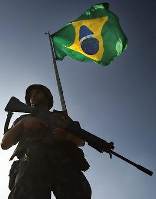 Exército Brasileiro apresenta planos de equipamento e reestruturação