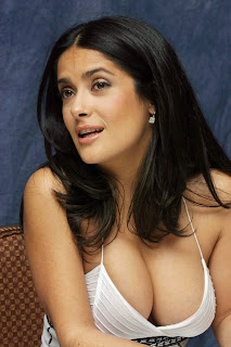 salma_hayek_breast_boobs.jpg