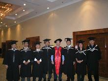 Gambar - Graduation