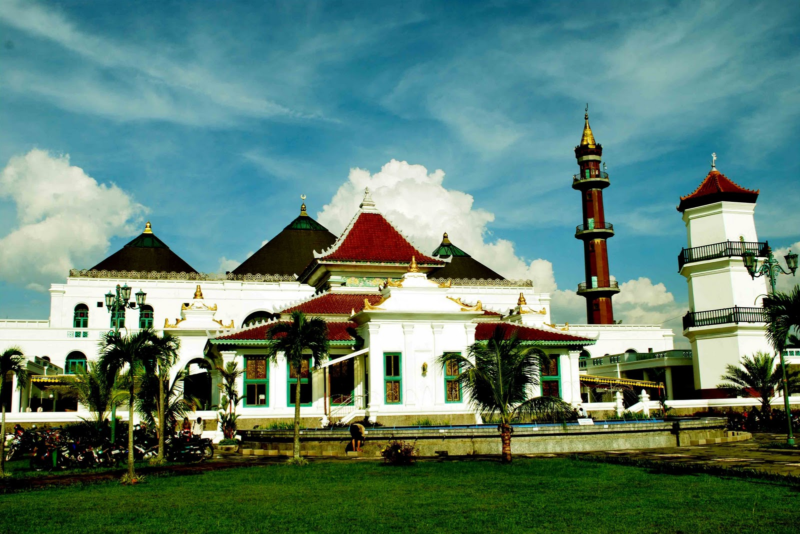 Masjid Agung Sultan Mahmud
