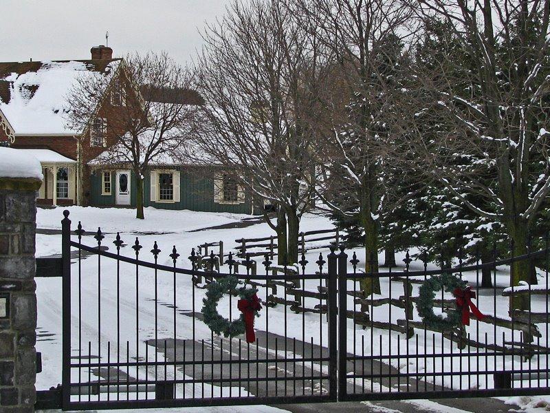 [Christmas+Gate+750]