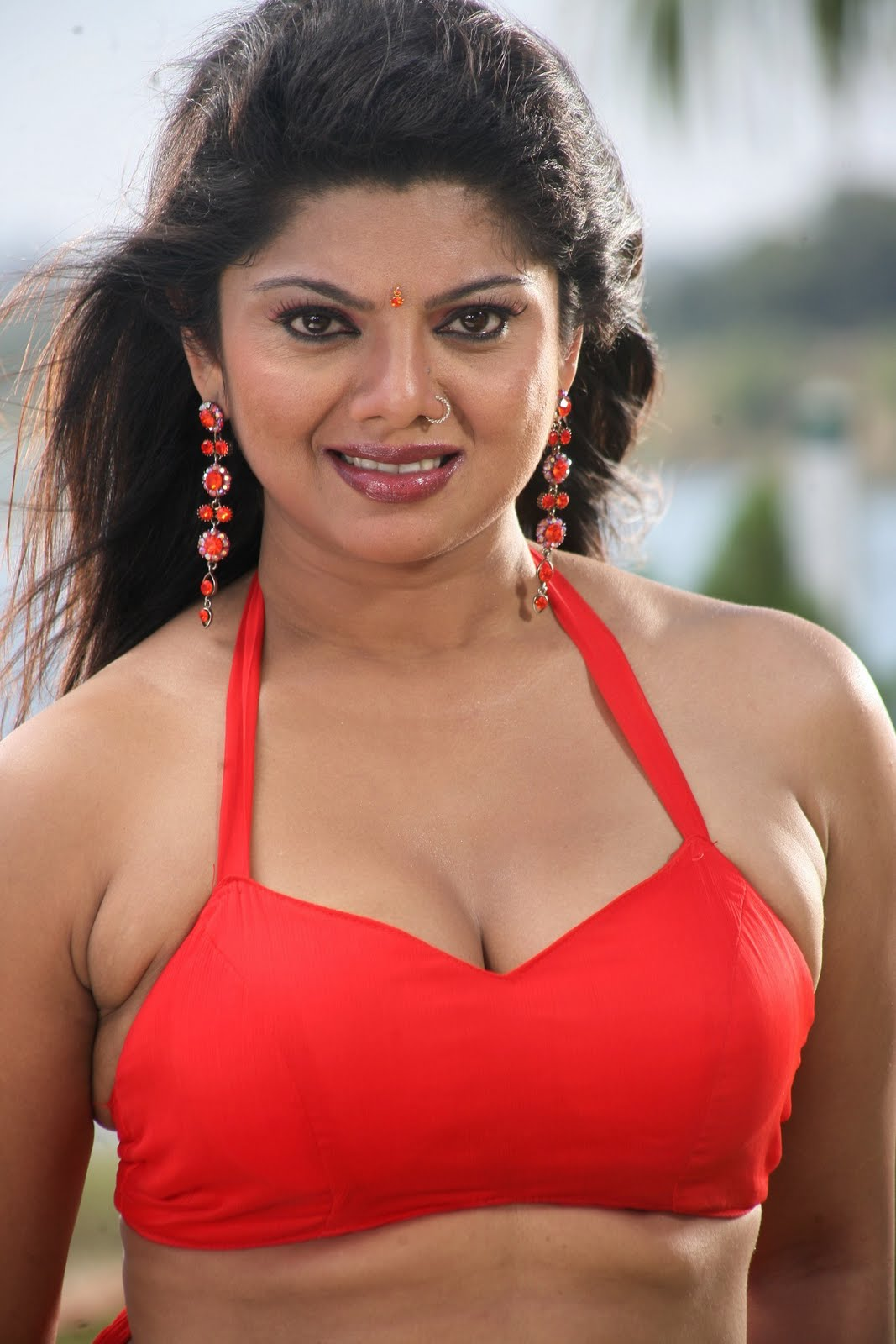 http://4.bp.blogspot.com/_XqT5QI2tKm0/TF-i7minjgI/AAAAAAAAF6c/fhO1SG_Lm50/s1600/Swathi-Varma-Hot-Photo-gallery.jpg