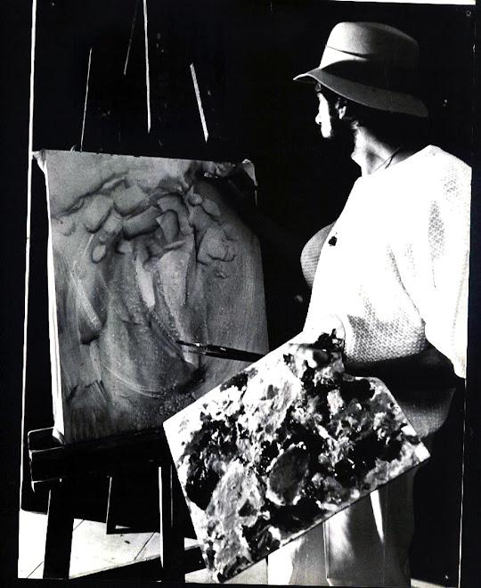 Juan pintando el neofuturismo