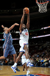 Elton Brand Trying for the dunk