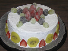 PASTEL  CON FRUTAS