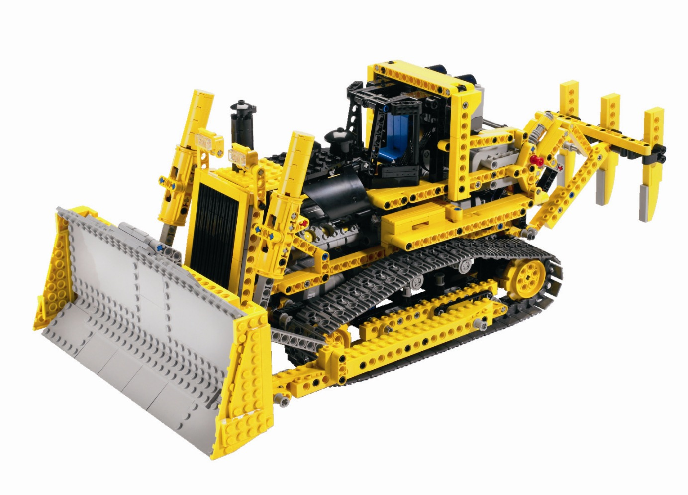 http://4.bp.blogspot.com/_XruxXWCFBLg/TRy7raz1_yI/AAAAAAAAAbQ/yW8UwdYPuEE/s1600/lego_technic_remote_control_motorised_bulldozer.jpg