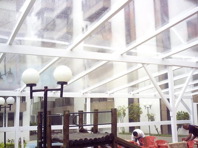 Lona transparente aluguel de toldos e tendas para festas for Toldos para eventos