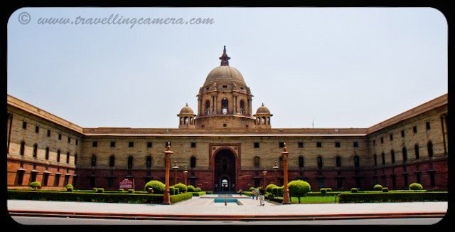 Indian President's House @ Delhi: Rashtrapati Bhavan is the official residence of the President of India, located in New Delhi, Delhi, India. Until 1950 it was known as Viceroy's House and served as the residence of the Viceroy of India. It is at the heart of an area known as Lutyens' Delhi. It is the largest residence of any Head of the State in the world.VJ, ripple, Vijay Kumar Sharma, ripple4photography, Frozen Moments, photographs, Photography, ripple (VJ), VJ, Ripple (VJ) Photography, VJ-Photography, Capture Present for Future, Freeze Present for Future, ripple (VJ) Photographs , VJ Photographs, Ripple (VJ) : President, India, Architecture, Delhi, Colorful, Journey, Main Tourist Places,:MASALA INFO: The song Des Rangila from Fanaa was shot at Rashtrapati Bhavan including its rehearsal scenes....