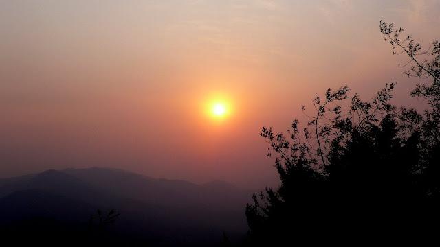 MUKTESHWAR & NAINITAAL: Sunset @ Mukteshwar