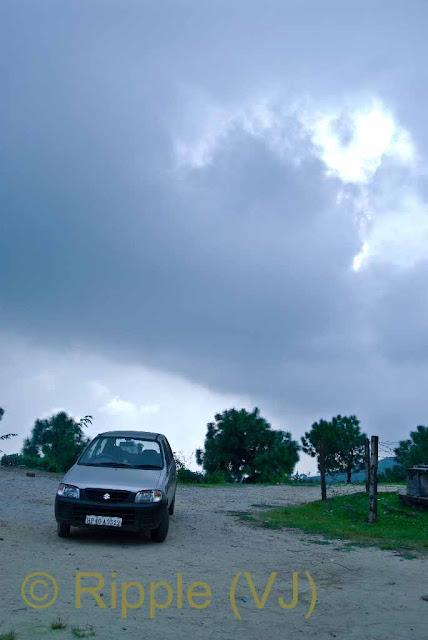 Posted by Ripple (VJ) : Palampur, Himachal Pradesh: Nitin's Car @ Neugal Khad, Palampur