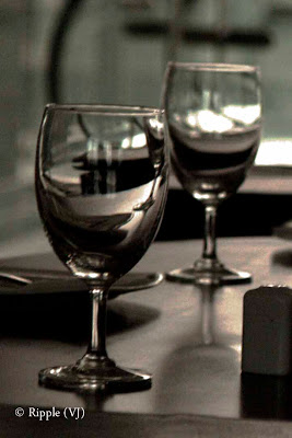 Reported by Ripple (VJ) : Wine glasses