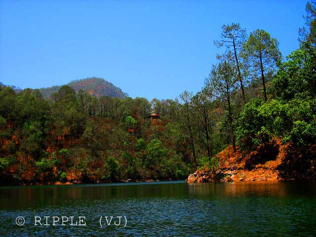 Posted by Ripple (VJ) on PHOTO JOURNEY @ www.travellingcamera.com : A very old visit to SaatTaal @ Uttrakhand, INDIA: Saat-Taal :