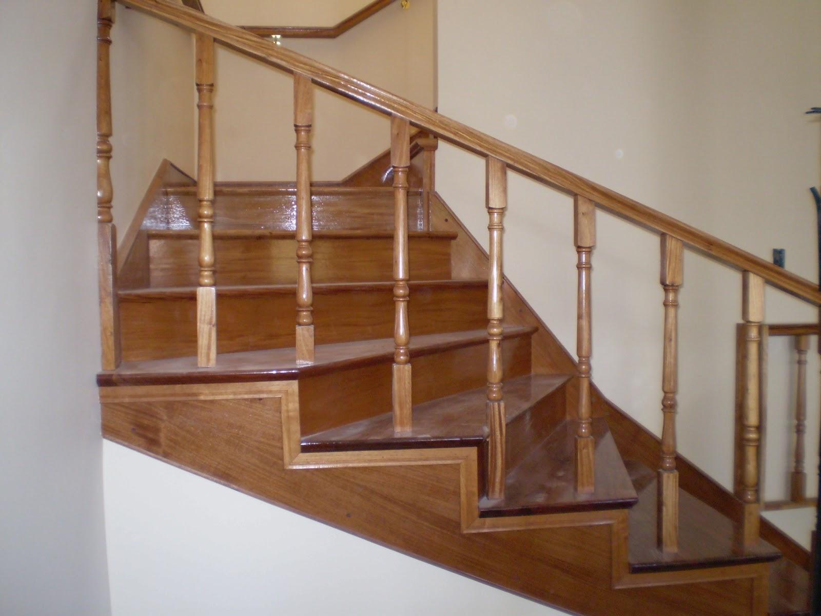 Todo en madera diferentes tipos de escaleras for Modelos de gradas de madera