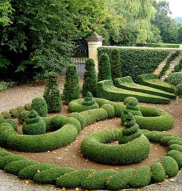 Gorgeous Gardens Most Amazing Gardens Figures Designer
