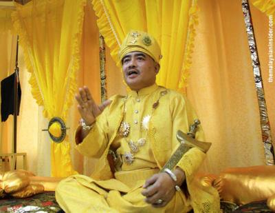 Fenomena Datuk Sulu, Surakarta dan Palembang