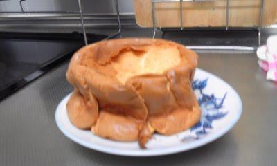 焼いたあとしぼむ シフォンケーキ
