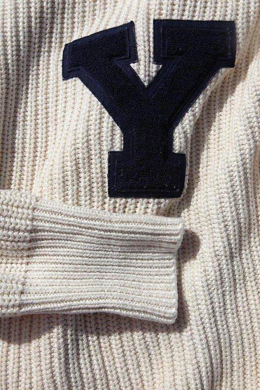 [yale.sweater]